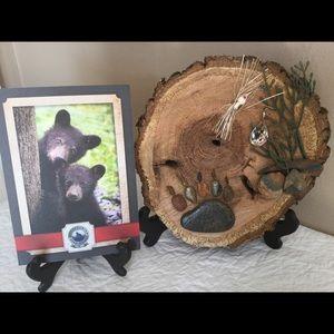 Bear Claw artwork by Robin Thomas